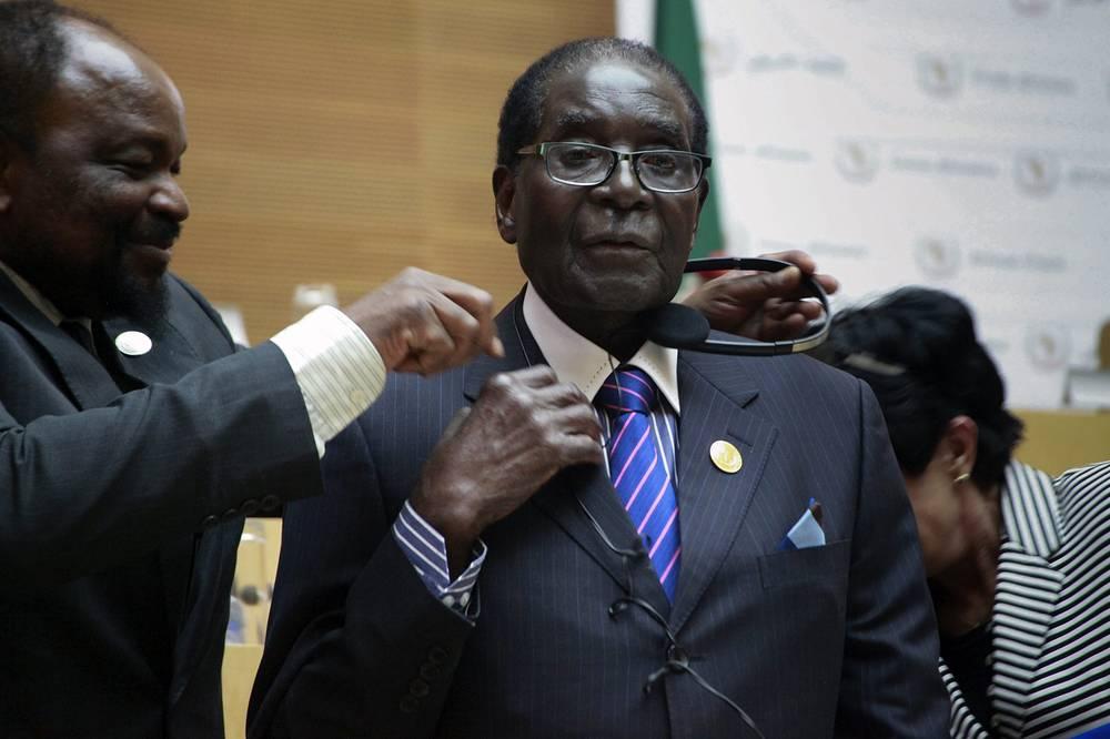 Президент Зимбабве Роберт Мугабе - $4 тыс. в месяц