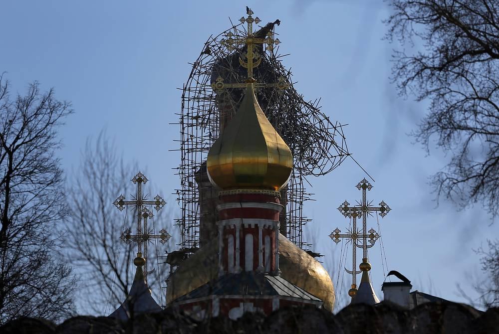 По словам заместителя министра культуры Григория Пирумова, купол и часть колоколов на колокольне Новодевичьего монастыря будут заменены