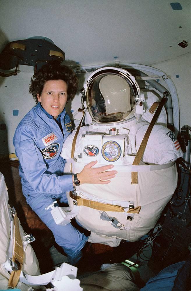 Кэтрин Салливан - первая американка, побывавшая в открытом космосе