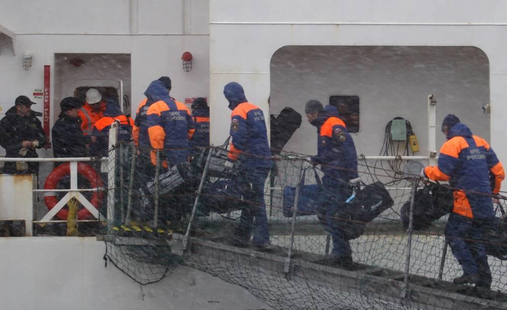 По последним данным, в результате крушения погибли 56 человек, 63 спаслись, судьба 13 человек до сих пор неизвестна