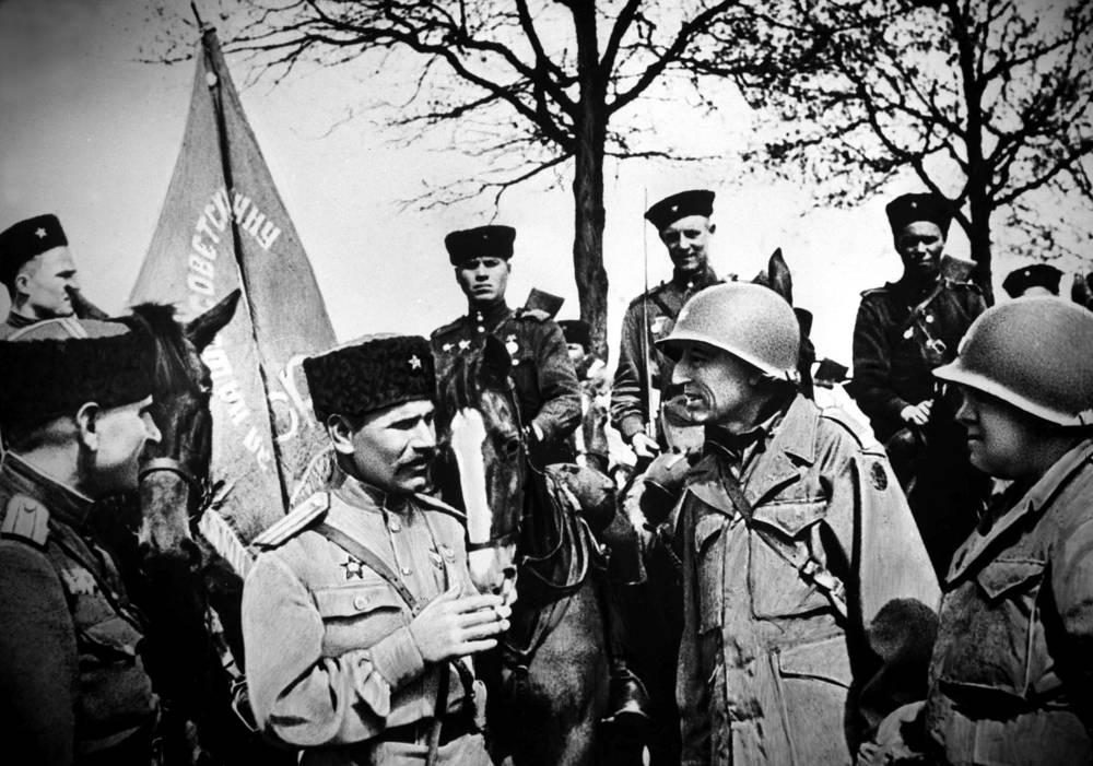 Встреча на Эльбе советских и американских войск