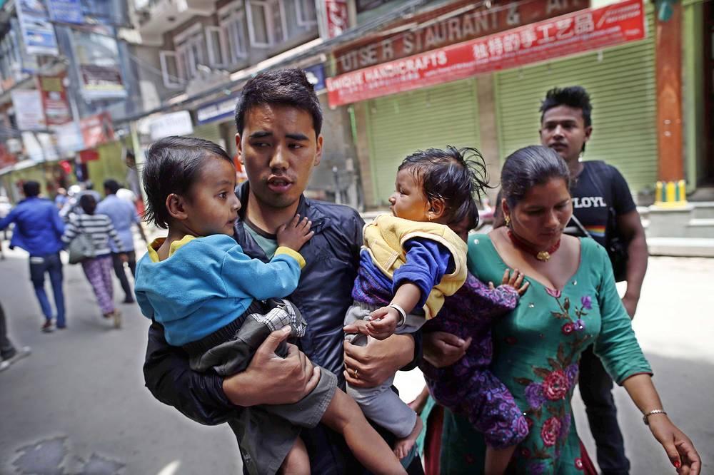По официальным данным, число жертв стихии превысило 40 человек