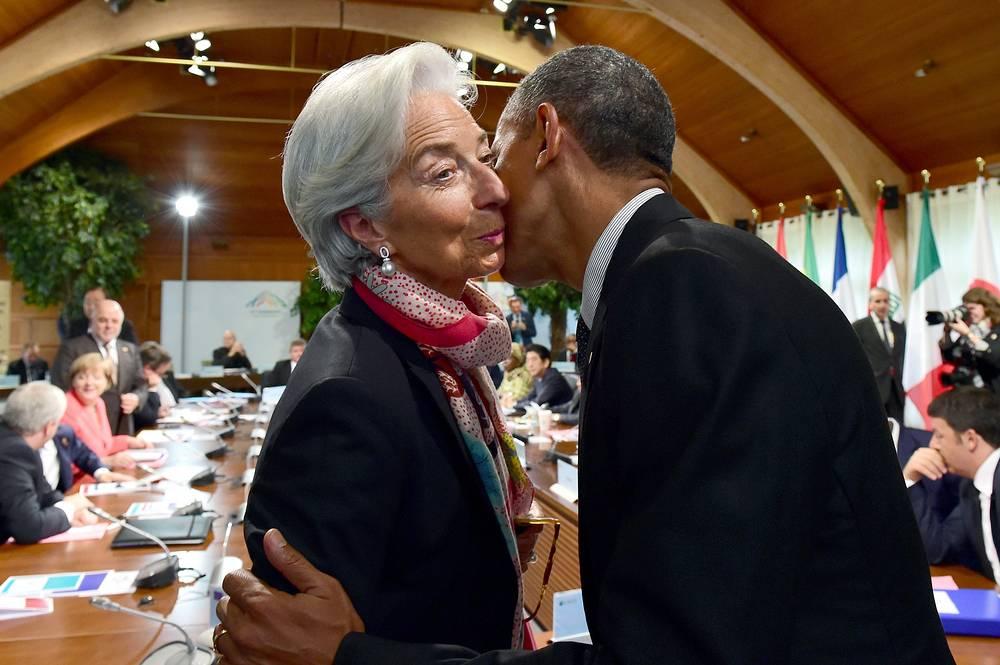 В качестве гостей в Эльмау были приглашены главы нескольких международных организаций, включая генерального секретаря ООН Пан Ги Муна и директора-распорядителя Международного валютного фонда Кристин Лагард. На фото: глава Международного валютного фонда Кристин Лагард и президент США Барак Обама на саммите G7