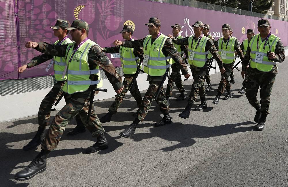 Сотрудники азербайджанской полиции в Деревне атлетов