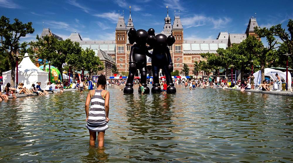 Музейная площадь в Амстердаме, Нидерланды