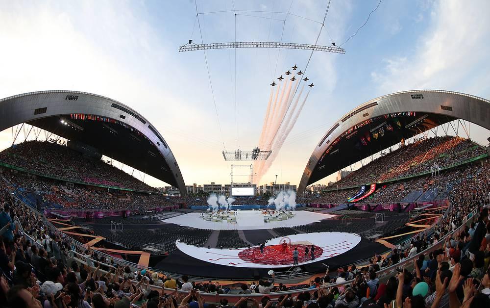 3 июля в южнокорейском Кванджу открылась Летняя Универсиада. На соревнованиях определятся в 21 виде спорта, будут разыграны 272 комплекта наград