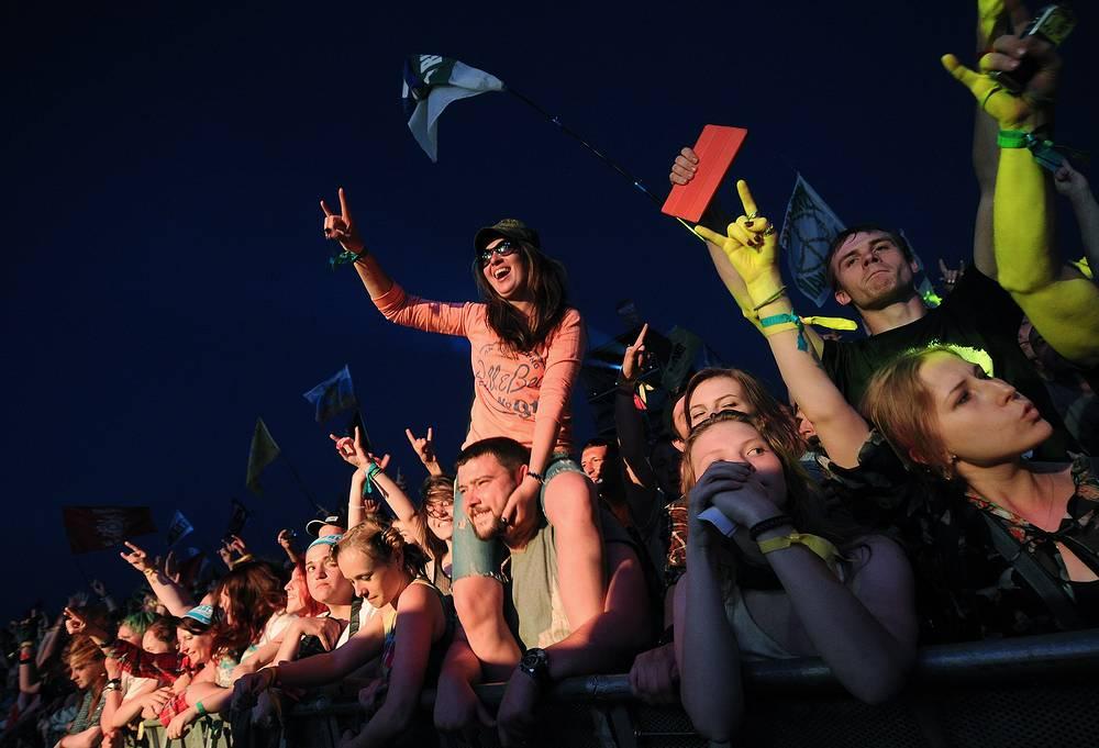В течение трех дней на двух сценах фестиваля выступят порядка ста музыкальных коллективов