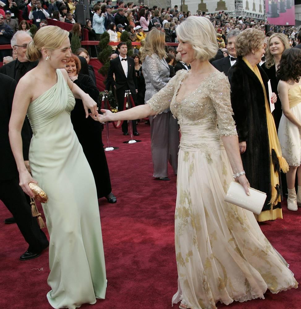 "Кейт Уинслет и Хелен Миррен на церемонии вручения премий ""Оскар"", 2007 год"