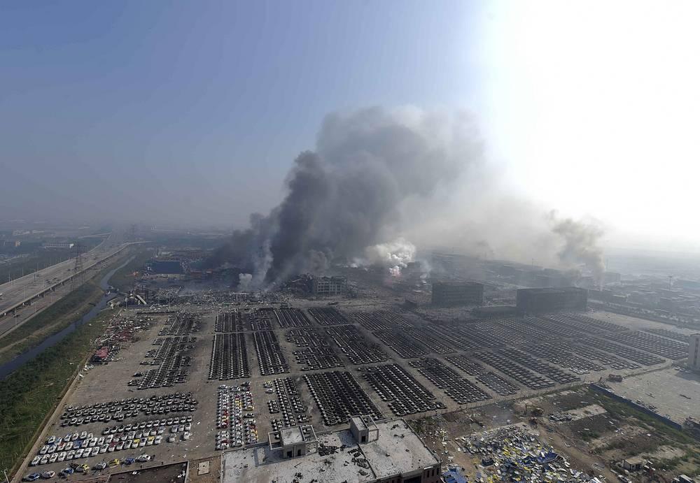 Как сообщили местные СМИ, за неделю до взрыва местные власти предписали компаниям-операторам склада и порта ужесточить стандарты работы с токсичными веществами и усилить меры противопожарной безопасности