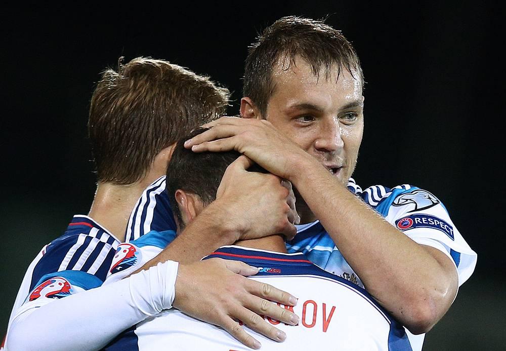 Футболисты сборной России разгромили команду Лихтенштейна со счетом 7:0. Покером отметился нападающий Артем Дзюба