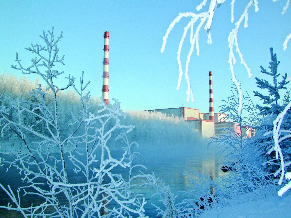 Кольская АЭС расположена близ г. Полярные Зори (Мурманская область), была запущена в эксплуатацию в 1973 г. Имеет 4 энергоблока общей установленной мощностью 1 тыс. 760 МВт