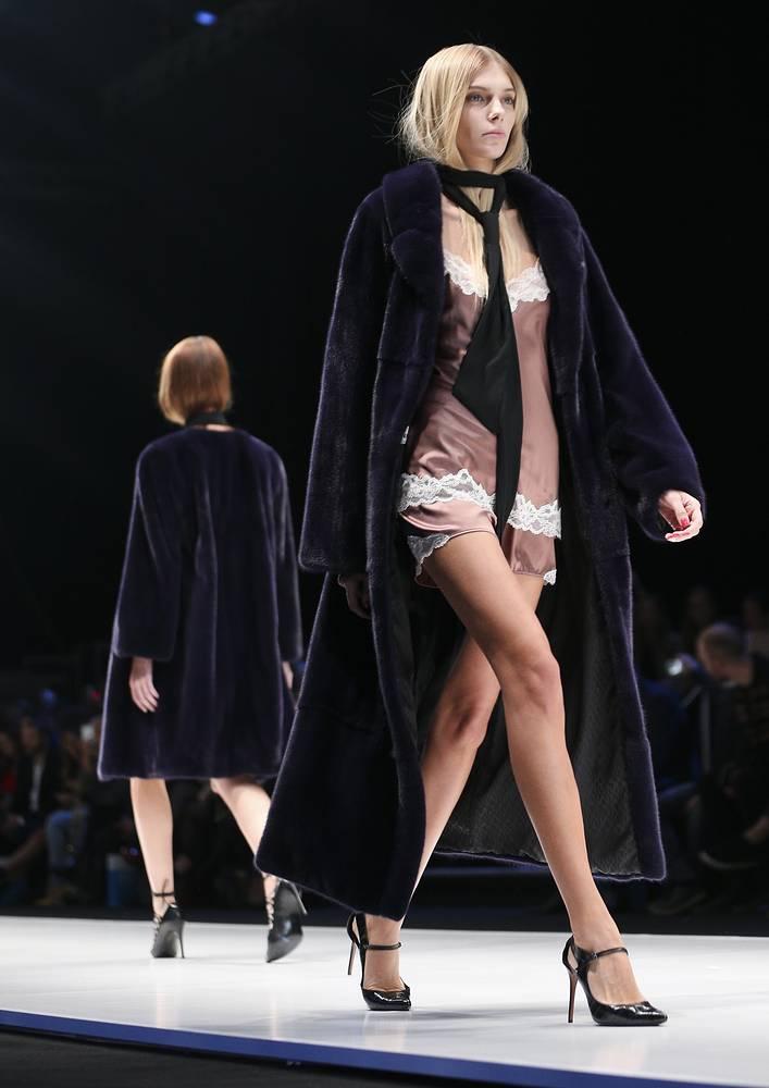 Коллекция Manzari продемонстрировала свежие стилистические решения дизайнеров Италии и Франции