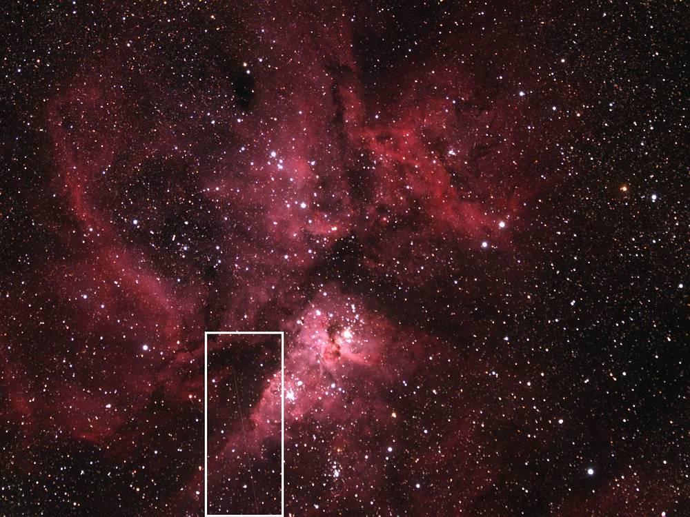 В прямоугольнике отмечен астероид 2012 DA14