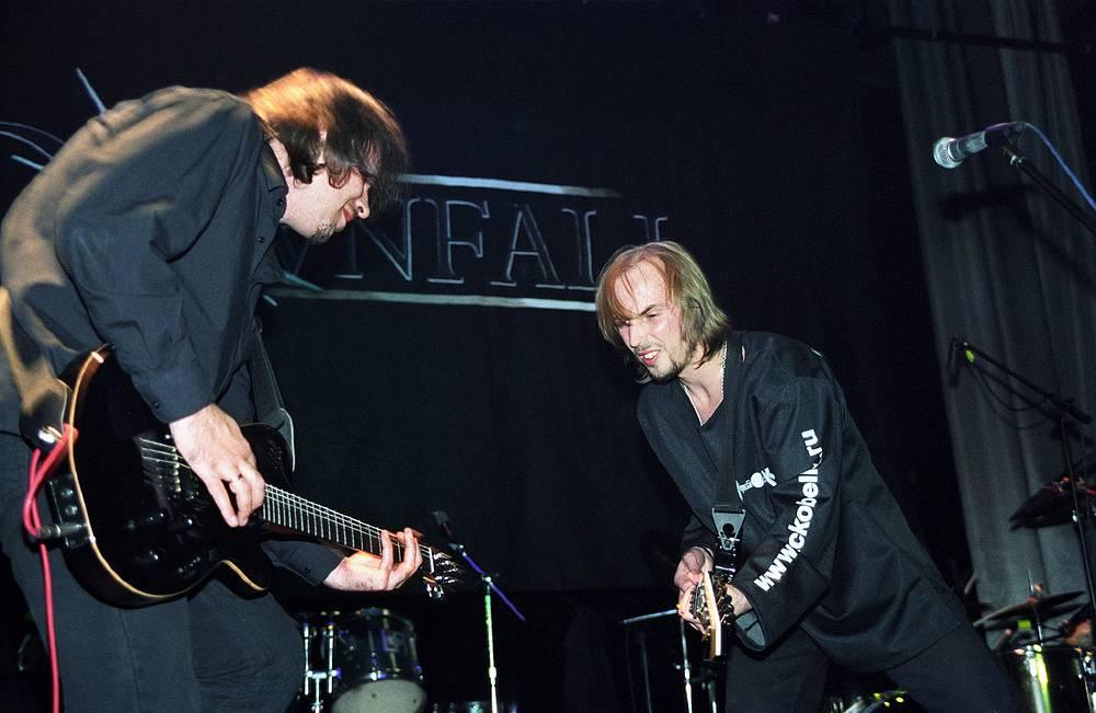 """Выступление группы """"Черный Обелиск"""", Санкт-Петербург, 2003 год"""