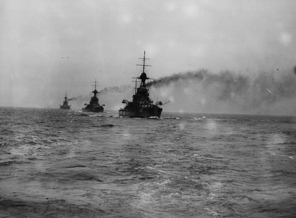 Маневры дредноутов HMS Iron Duke, HMS Marlborough и HMS Emperor. 1926 год