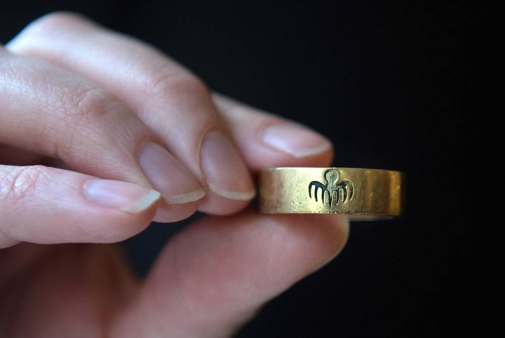 """Золотое кольцо лидера организации """"Спектр"""" Франца Оберхаузера"""