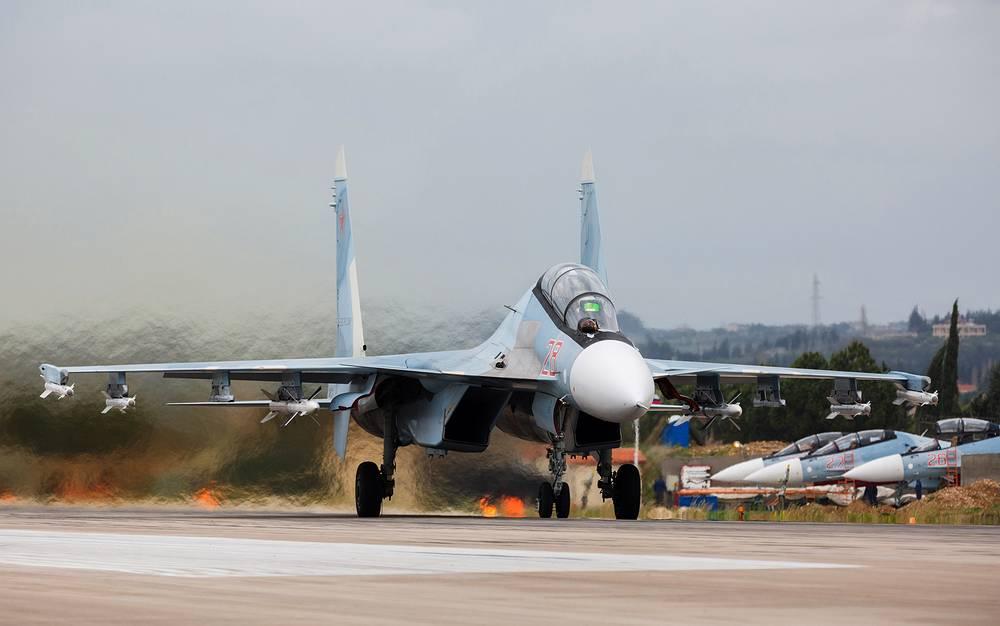 Двухместный многоцелевой истребитель Су-30СМ