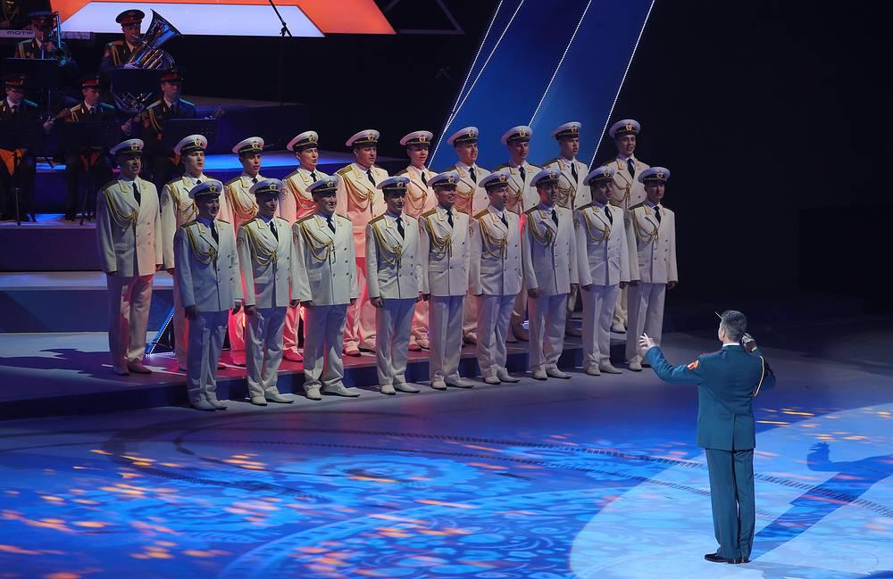 Выступление Академического ансамбля песни и пляски Российской армии имени А.В. Александрова