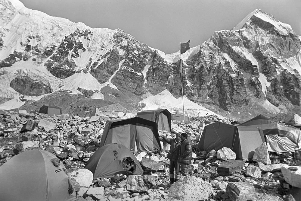 Базовый лагерь находился на высоте 5340 метров
