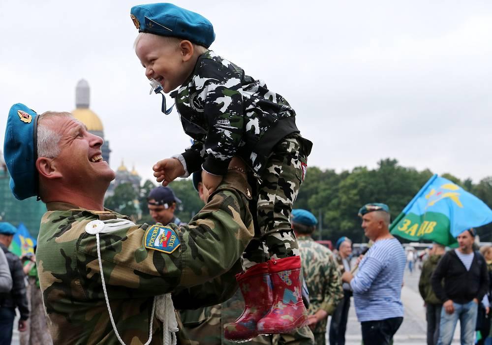 Празднование Дня ВДВ в Санкт-Петербурге