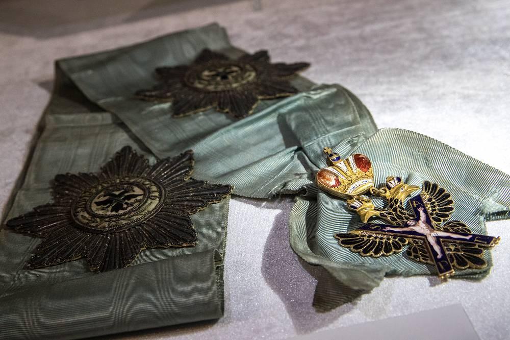 Орден святого Андрея Первозванного из золота, украшенный эмалью. Аукционный дом Christie's