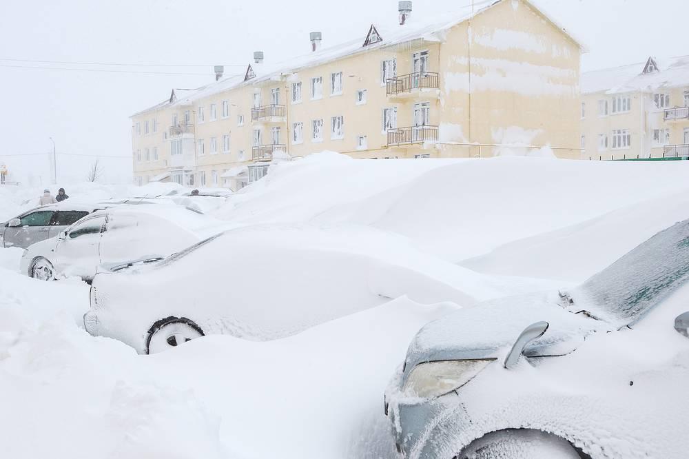 """Снегопад в планировочном районе """"Дальнее"""", Южно-Сахалинск"""