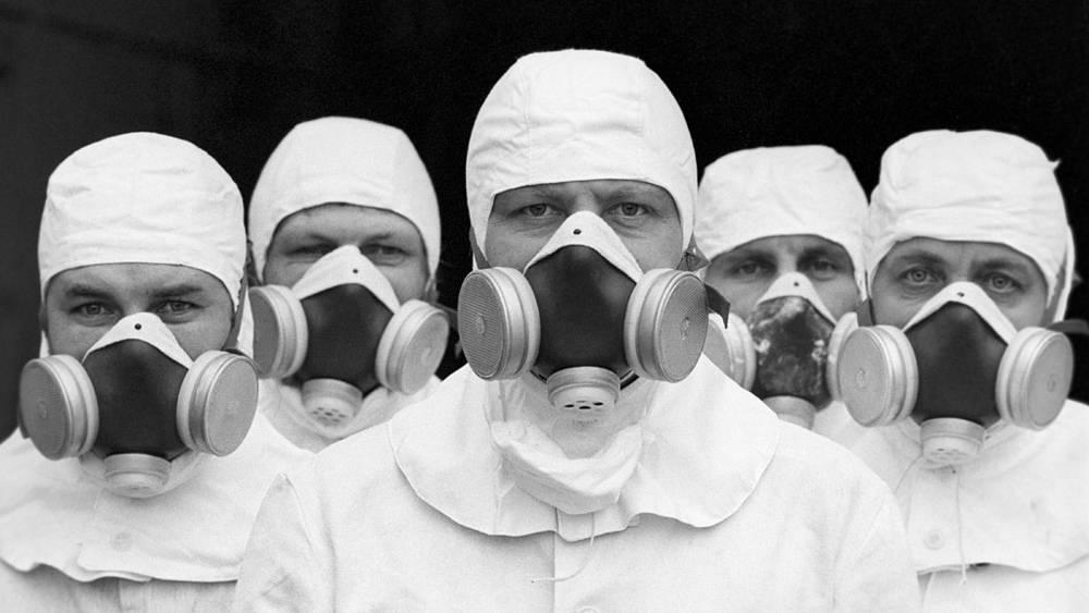 Бригада ликвидаторов, занятая на восстановительных работах на третьем энергоблоке ЧАЭС