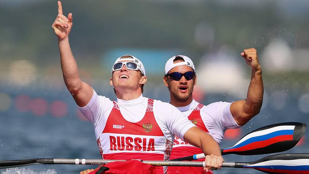 Ю. Постригай и А. Дьяченко - чемпионы в гребле на байдарке-двойке