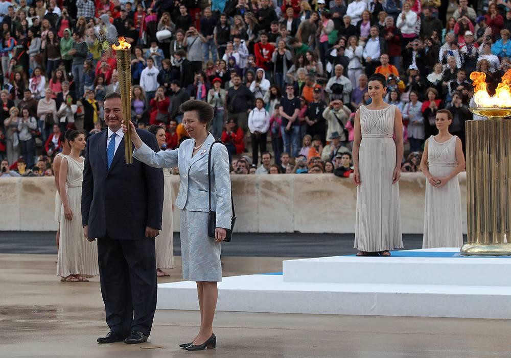 Британская принцесса Анна и глава НОК Греции Спирос Капралос