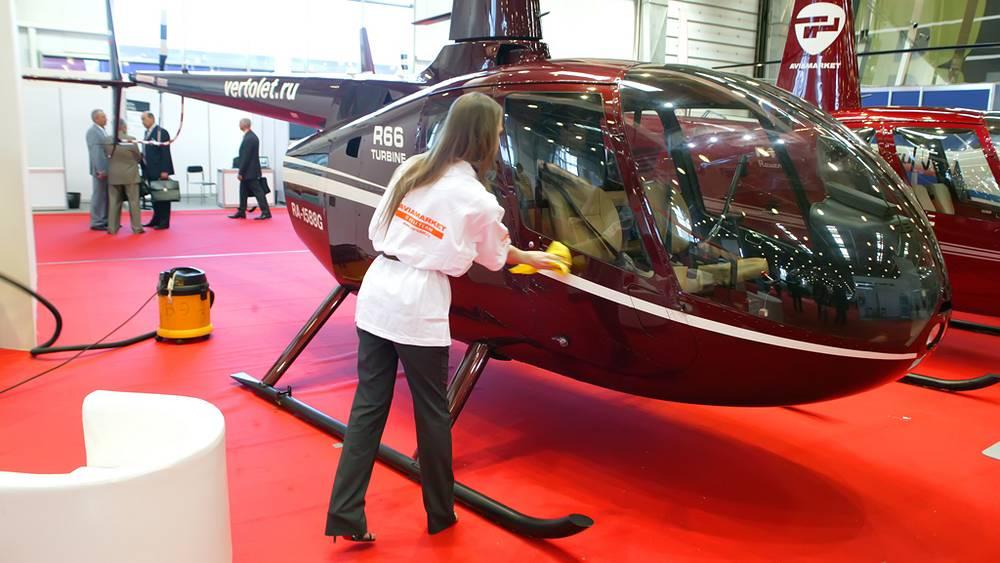 Вертолёт Robinson R66 на выставке HeliRussia-2012