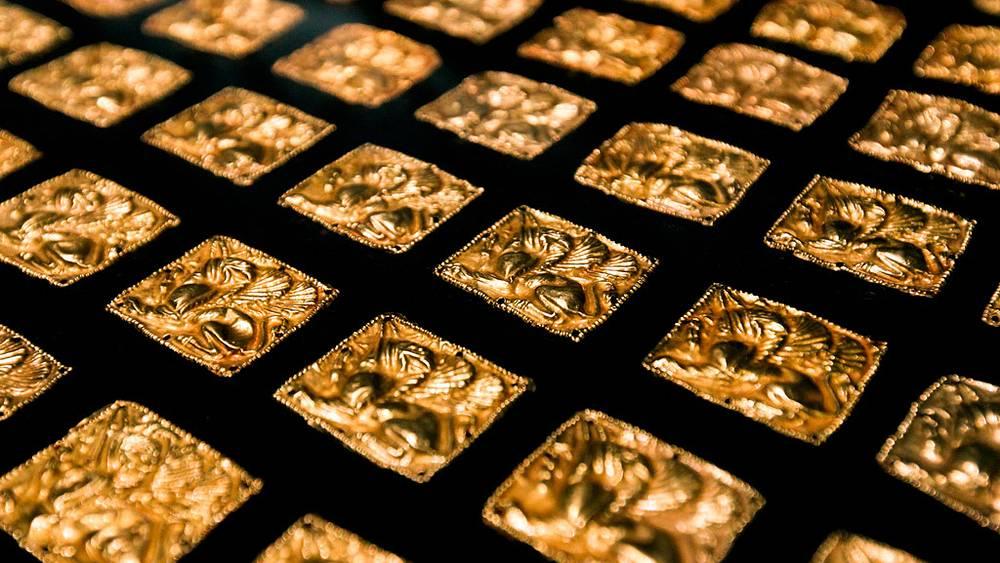 """""""Золотые грифоны"""", найденные в Запорожской области. IV век до н.э."""