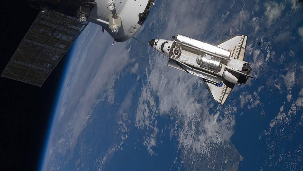 На орбите. Февраль 2010 года