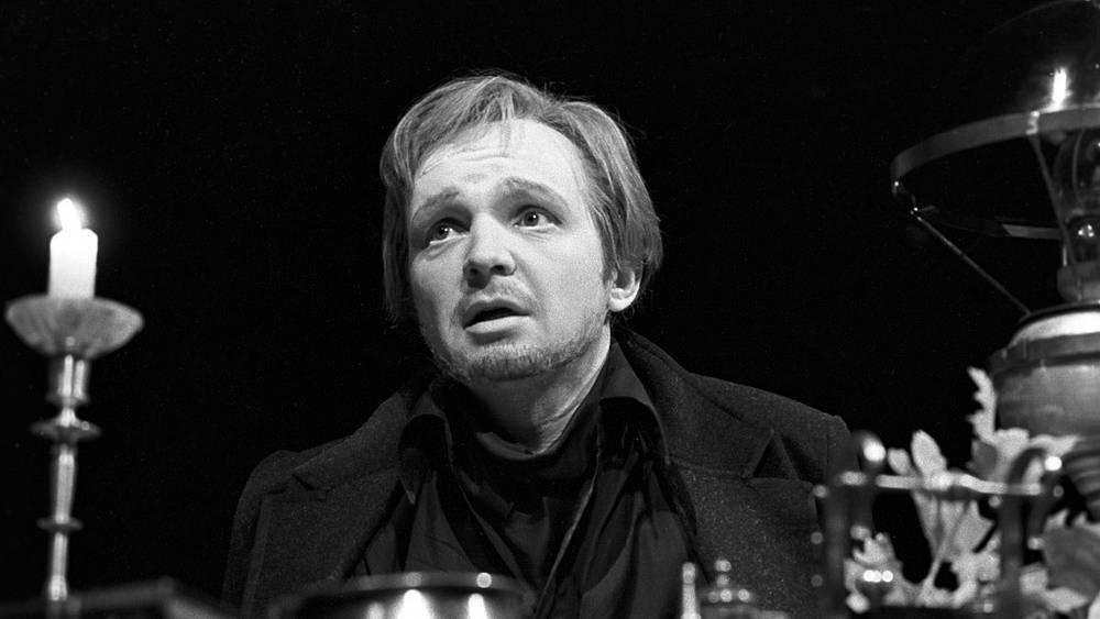 """Сцена из спектакля """"Чайка"""". 1980 год"""