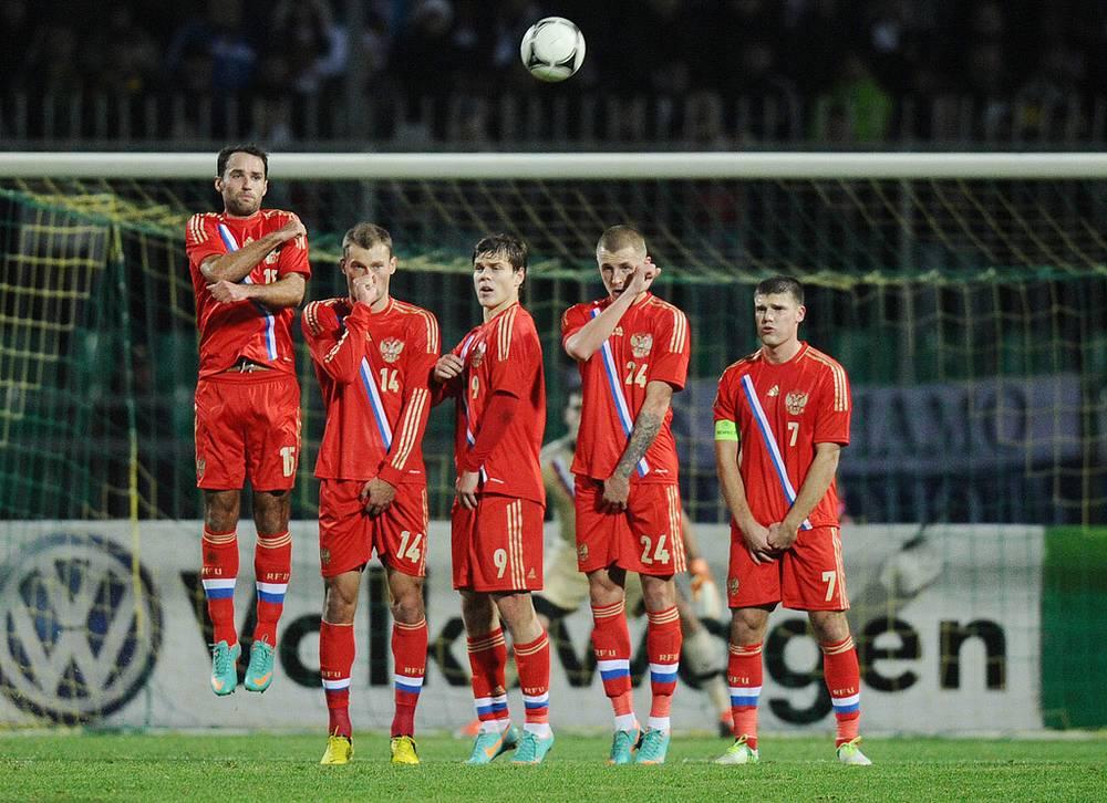 Роман Широков, Василий Березуцкий, Александр Кокорин, Максим Григорьев и Игорь Денисов (слева направо)