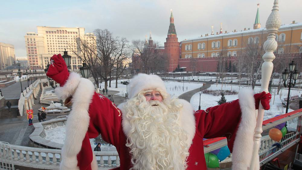 Дед Мороз на Манежной площади