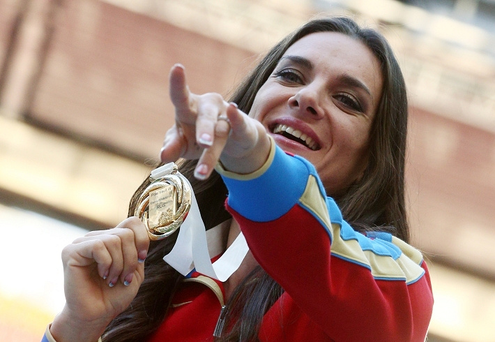 Елена Исинбаева получила свою третью золотую медаль на чемпионатах мира