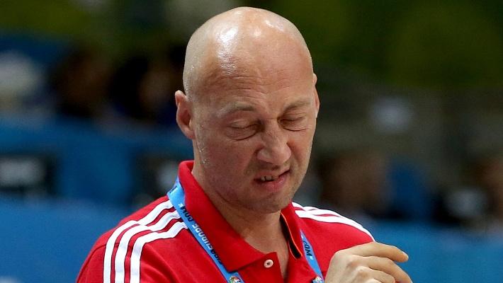 Эмоции Василия Карасева. Фото EPA/ANTONIO BAT