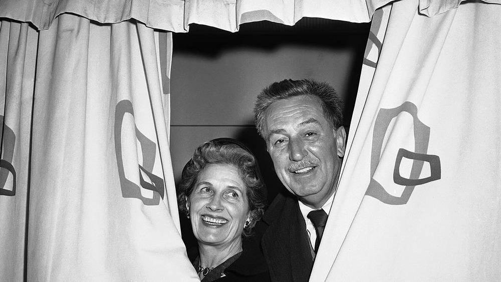 Уолт Дисней с супругой Лилиан, 1957 г. Фото AP Photo/Anthony Camerano