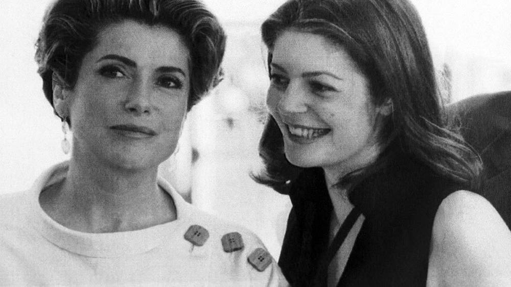 Катрин Денев с дочерью, итальянской актрисой Кьярой Мастрояни на Каннском кинофестивале, 1993 г. Фото ИТАР - ТАСС