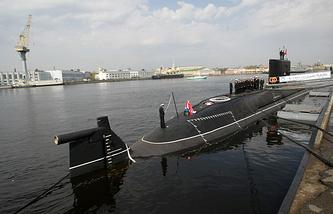 """Подводная лодка 4-го поколения проекта 677 """"Санкт-Петербург"""""""