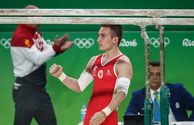Russian gymnast Belyavsky takes bronze in men's parallel bars in Rio