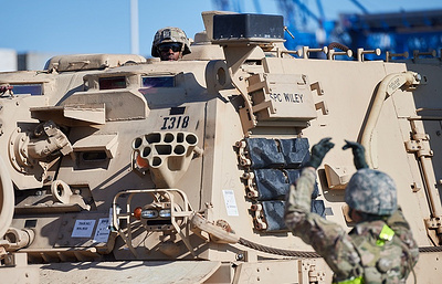 Top brass says US used hype over Zapad-2017 drills to deploy armored division to Poland