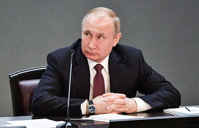 Putin to make decision on fake news law when it is submitted for signature