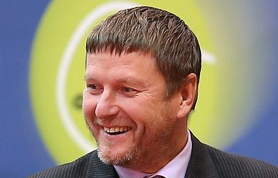 Кафельников: репутация нового главы Tennis Europe Дмитриева безукоризненна