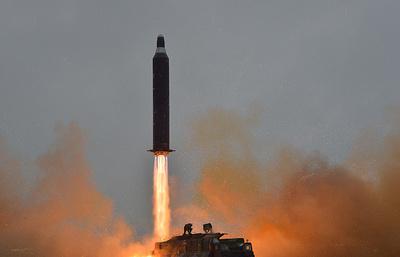 Минобороны РФ: баллистическая ракета КНДР упала в 500 км от России