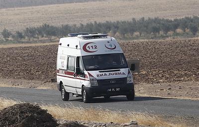 СМИ: на юге Турции микроавтобус с российскими туристами попал в ДТП