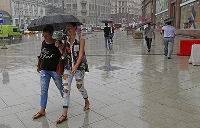 Дождь, местами гроза и до 24 градусов тепла ожидаются в Москве и области