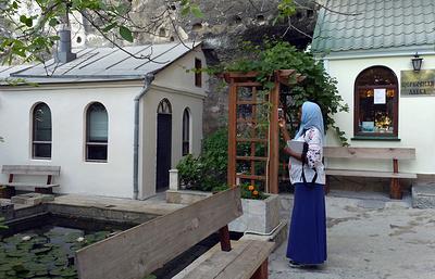 Паломники из-за рубежа приехали в Севастополь поклониться древним православным святыням