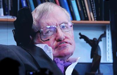 Стивен Хокинг раскритиковал правительство Великобритании за кризис в сфере здравоохранения