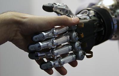 Саратовские ученые научат роботов сомневаться и принимать решения